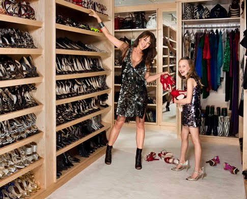 Km2 shoes shoes to live in world 39 s best shoe closets for Best walk in closets in the world
