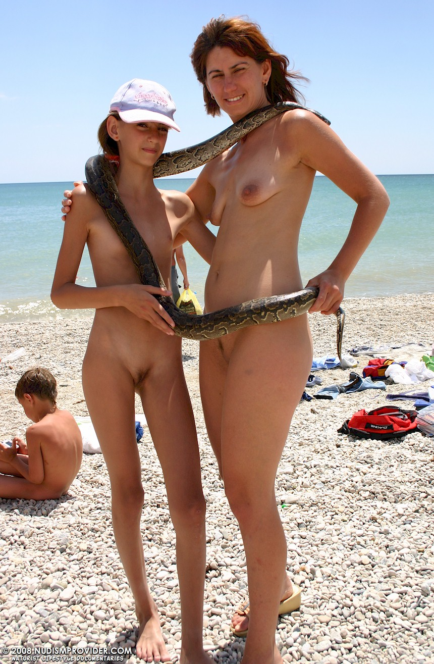 tiny young naturist girls