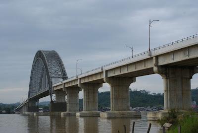 Foto jembatan mahulu samarinda