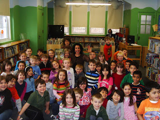 photo of children's author Rachelle Burk at New Jersey school visit