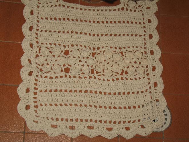 """Jogo de Banheiro """"CRU"""" feito em Crochê... (""""Tapete de Vaso"""")..."""