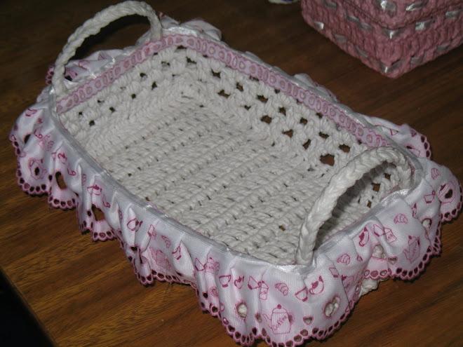 Cesta de Pão feita em Crochê...