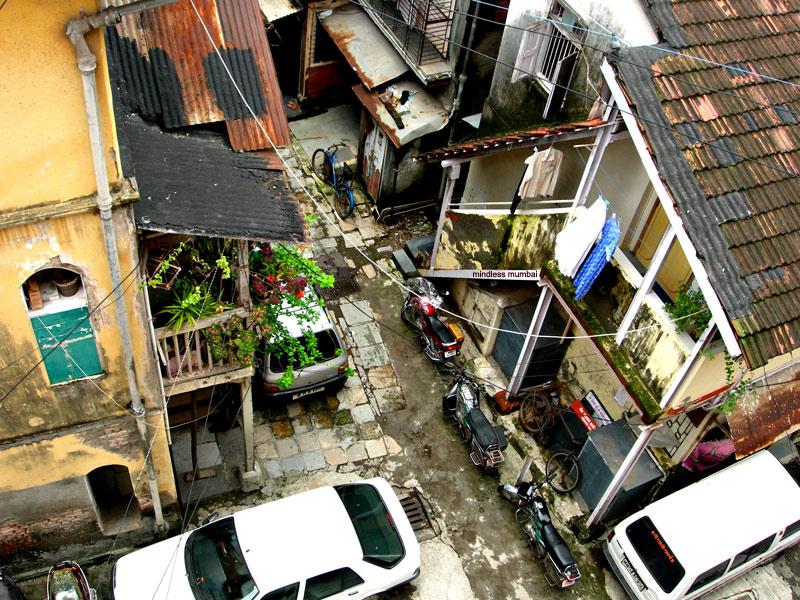 narrow congested street in girgaon, mumbai by kunal bhatia