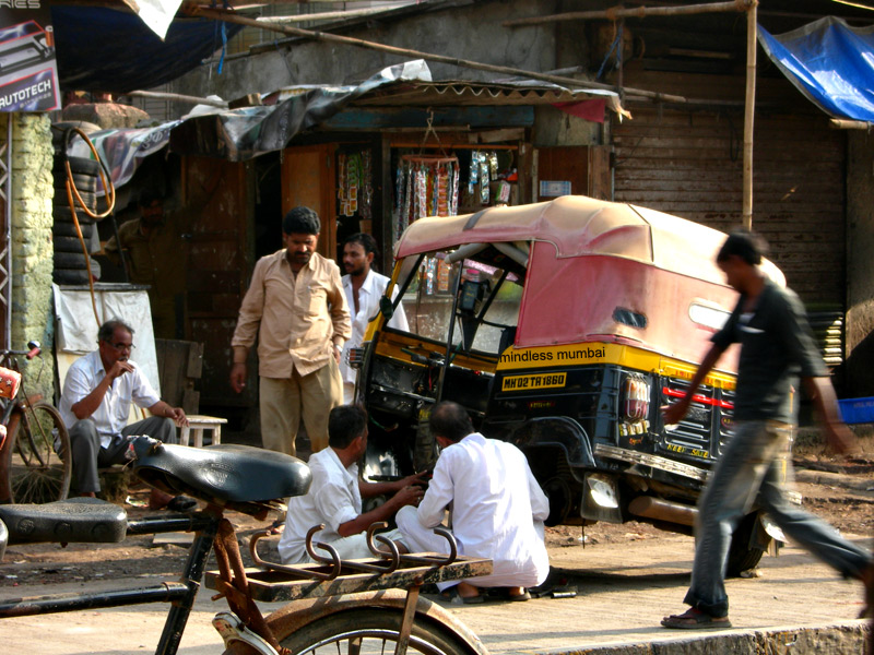 auto rickshaw getting repaired in mumbai by kunal bhatia