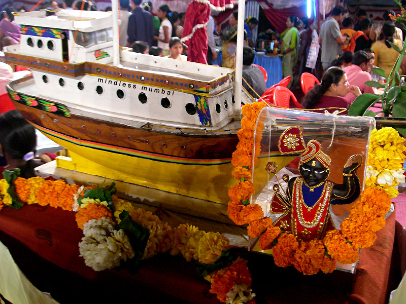 statue of krishna shri nathji in koli sea food festival in mumbai by kunal bhatia