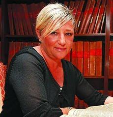 Lectura Obligatoria para el segundo trimestre. Las Crónicas de Cádiz, de Hilda Martín García.