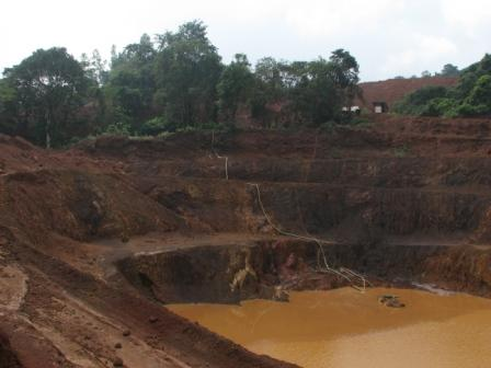 illegal mining effects Illegal mining is an activity of cultivating or digging minerals and elements that these miners then sell to make money, which is not approved by the authority the cause of illegal mining is the scarcity of these certain minerals from the other country.