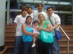 Omar, Ana y family