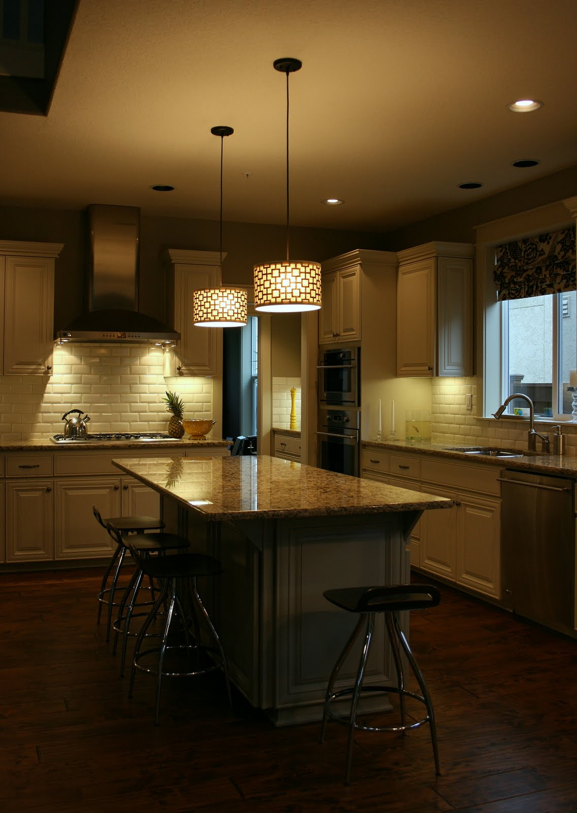 Excellent Kitchen Island Pendant Lights 1136 x 1600 · 153 kB · jpeg