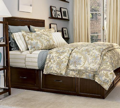 Comfortable Luxurious  Bedroom Design