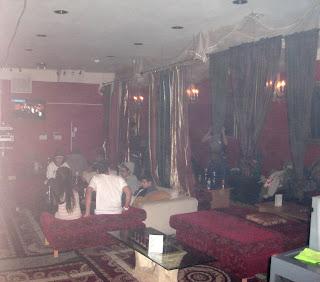 how to run a hookah lounge
