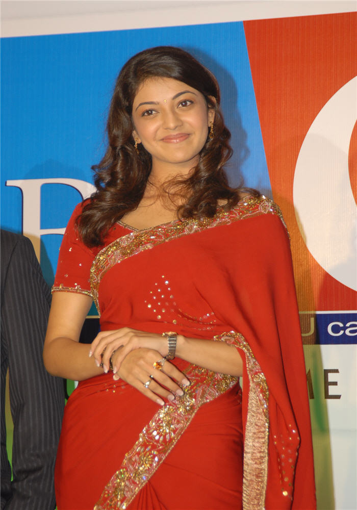 magadheera heroine kajal agarwal big c wearing red saree actress pics