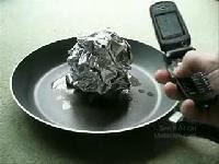 手機電磁波遇到鋁箔紙