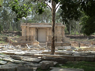 temple at talakadu