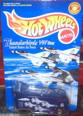 HW VW DRAGBUS THUNDERBIRDS(1998)
