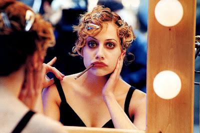 Brittany Murphy en la galería 'Actrices frente al espejo' de elhombreperplejo.com