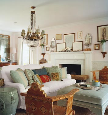 Home for you vintage living room for Vintage chic living room ideas