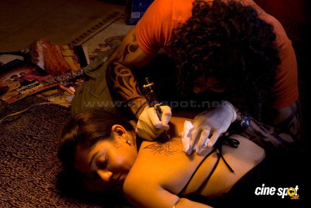 Southindian Actress Gallery Nayanthara Hot Film Electra
