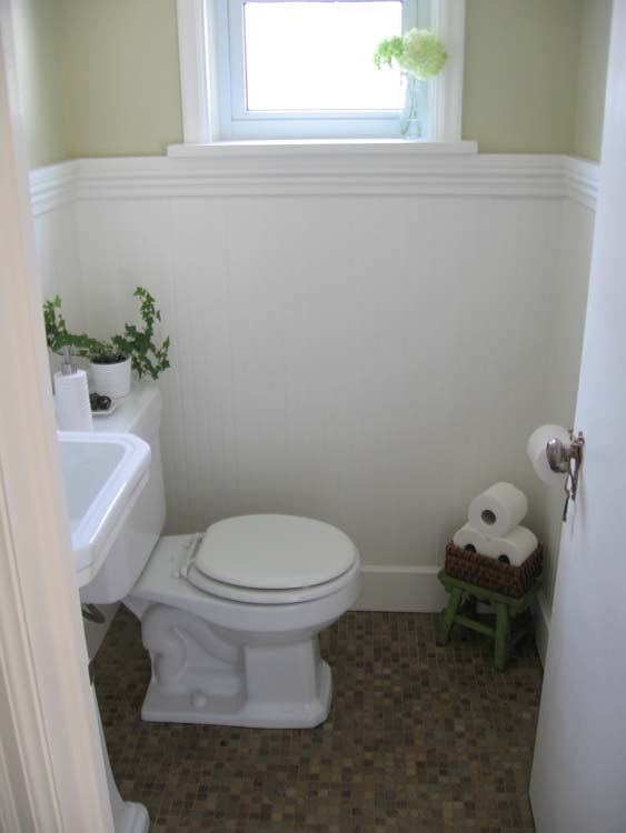 Remodelaholic complete half bath remodel guest for Cute guest bathroom ideas