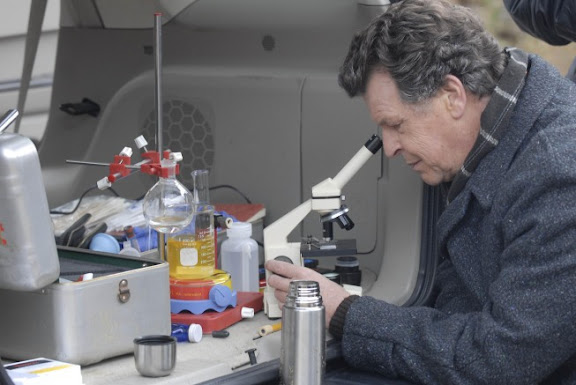 Walter (John Noble) creates a makeshift lab in the back of the team's car in the FRINGE episode Bound