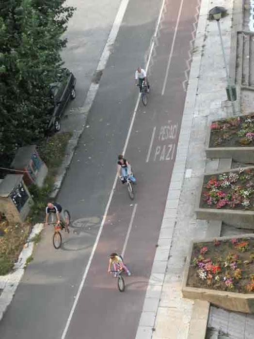 Ποδηλατόδρομος στο πάρκο Βελιγραδίου