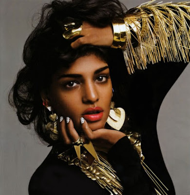 >M.I.A so Black & Gold pour Vogue