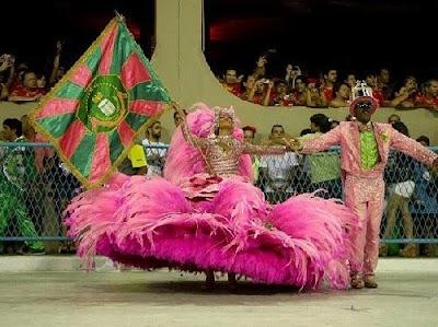>Rêves de Carnaval – Eléna