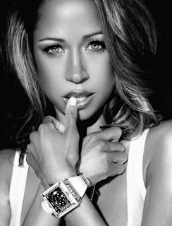 37450_Stacey_Dash_spring_2010_KarinAndRaoul_mag_08_122_499lo >Stacey Dash par Hassan Kinley