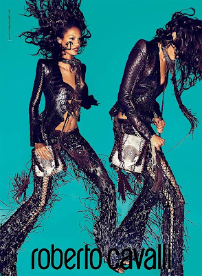 Hot Shoot | Joan Smalls pour Roberto Cavalli