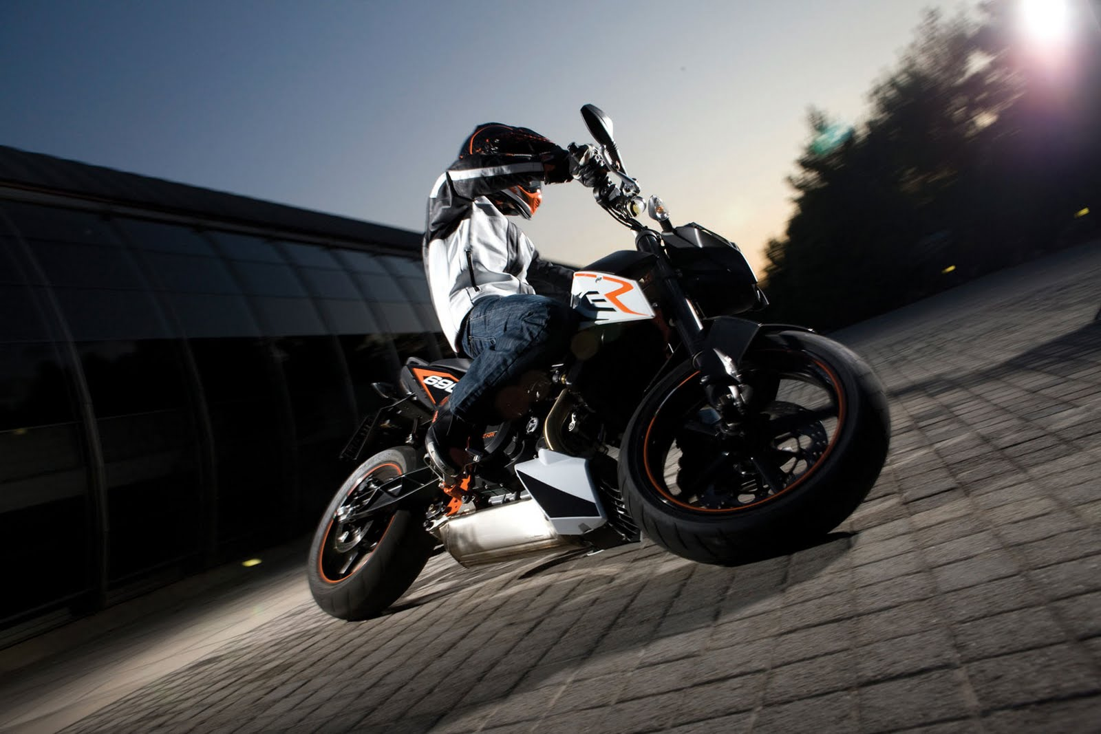 Ktm 690 smc r wallpapers for desktop - Http 3 Bp Blogspot Com _yrpky_unmww S8lxzb69dni Ktm 690