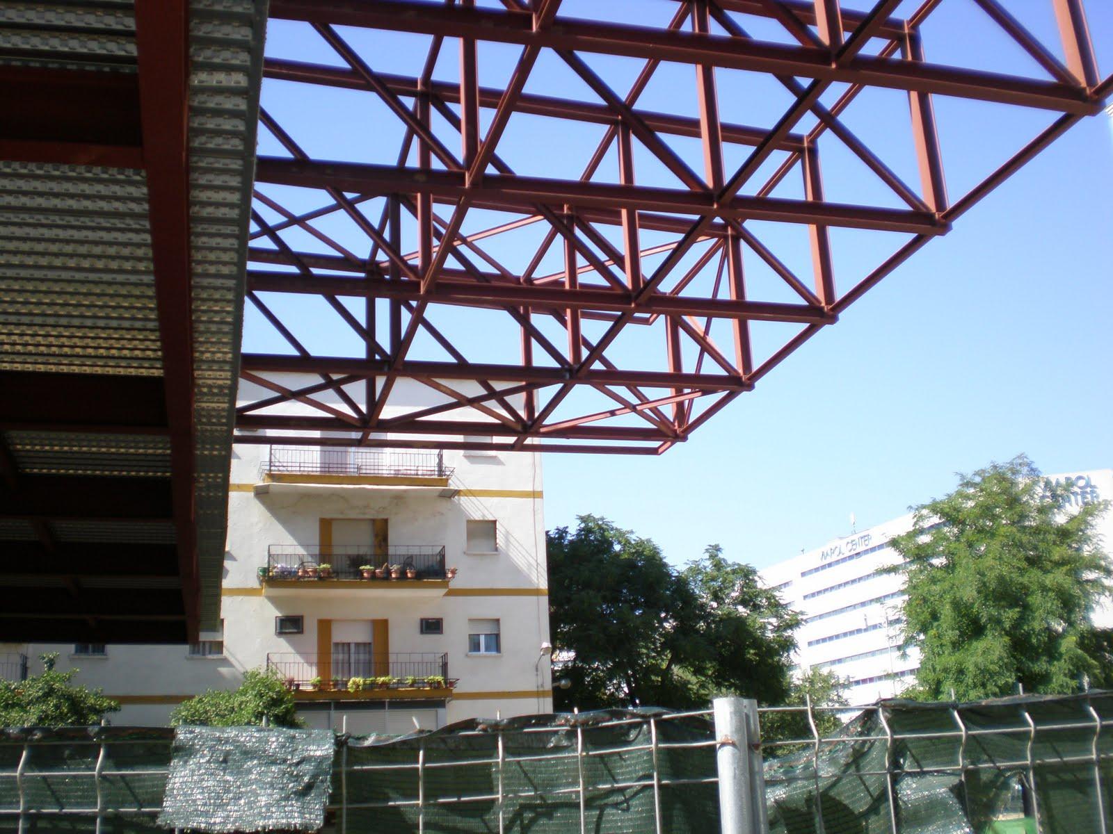 Sevilla arquitectura edificio de oficinas ramon y cajal - Arquitectura sevilla ...