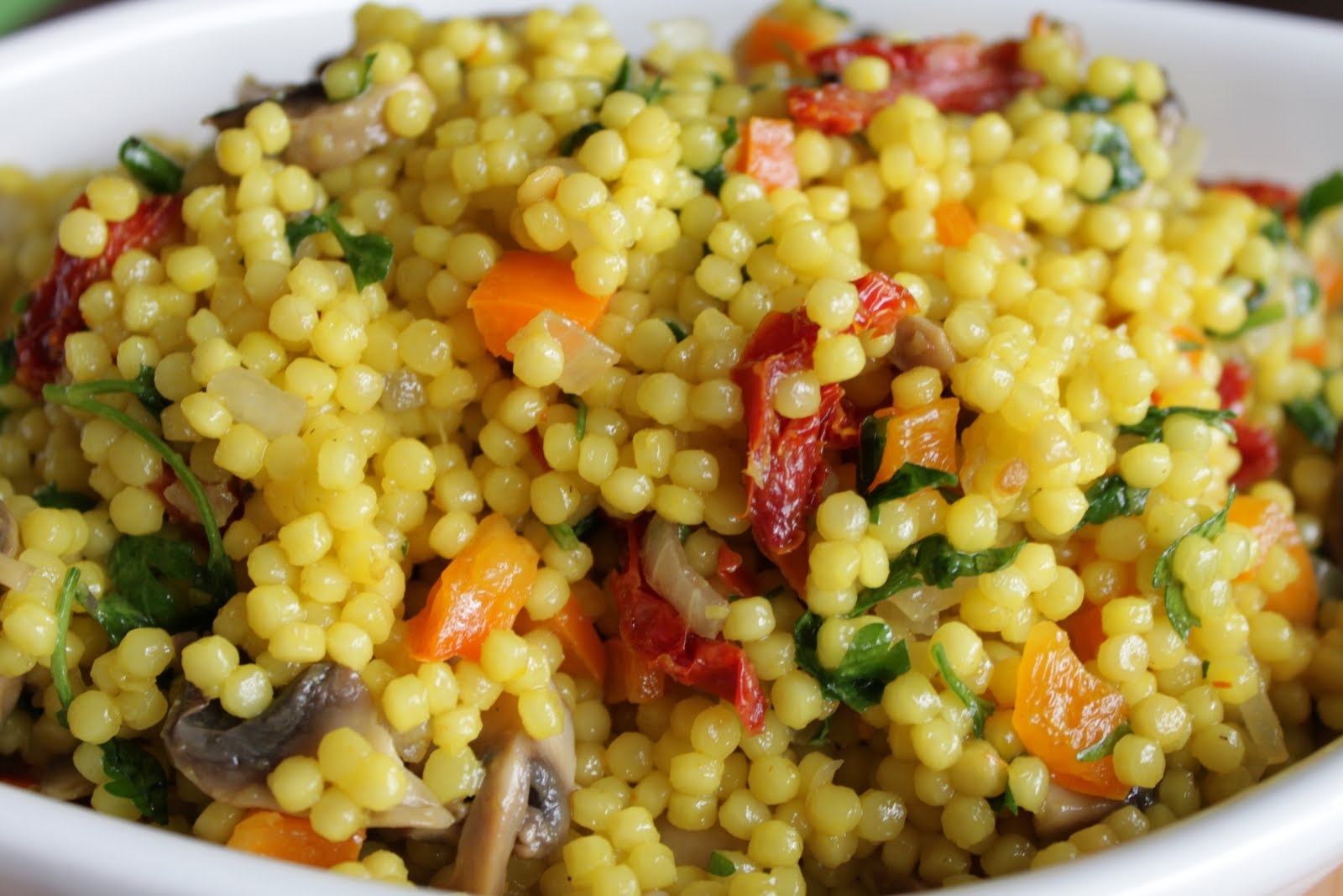 Malisa's Food Blog: Saffron Israeli Couscous Salad