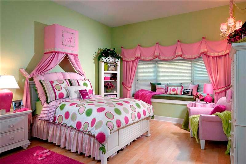 Child s room a beautiful girl. Girl Accessories  Child s room a beautiful girl