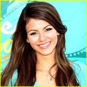 Victoria Justice - Finally Falling