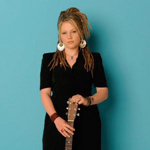 Crystal Bowersox - Up To The Mountain