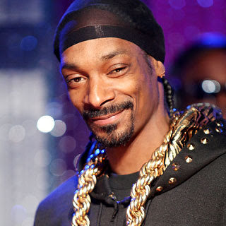 Snoop Digs Dolphins