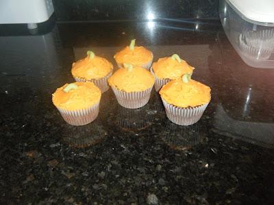 pumpkin cupcake, halloween cupcake