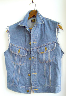 Vintage Lee sleveless jean jacket - Black Dove Vintage Montreal Blog ...