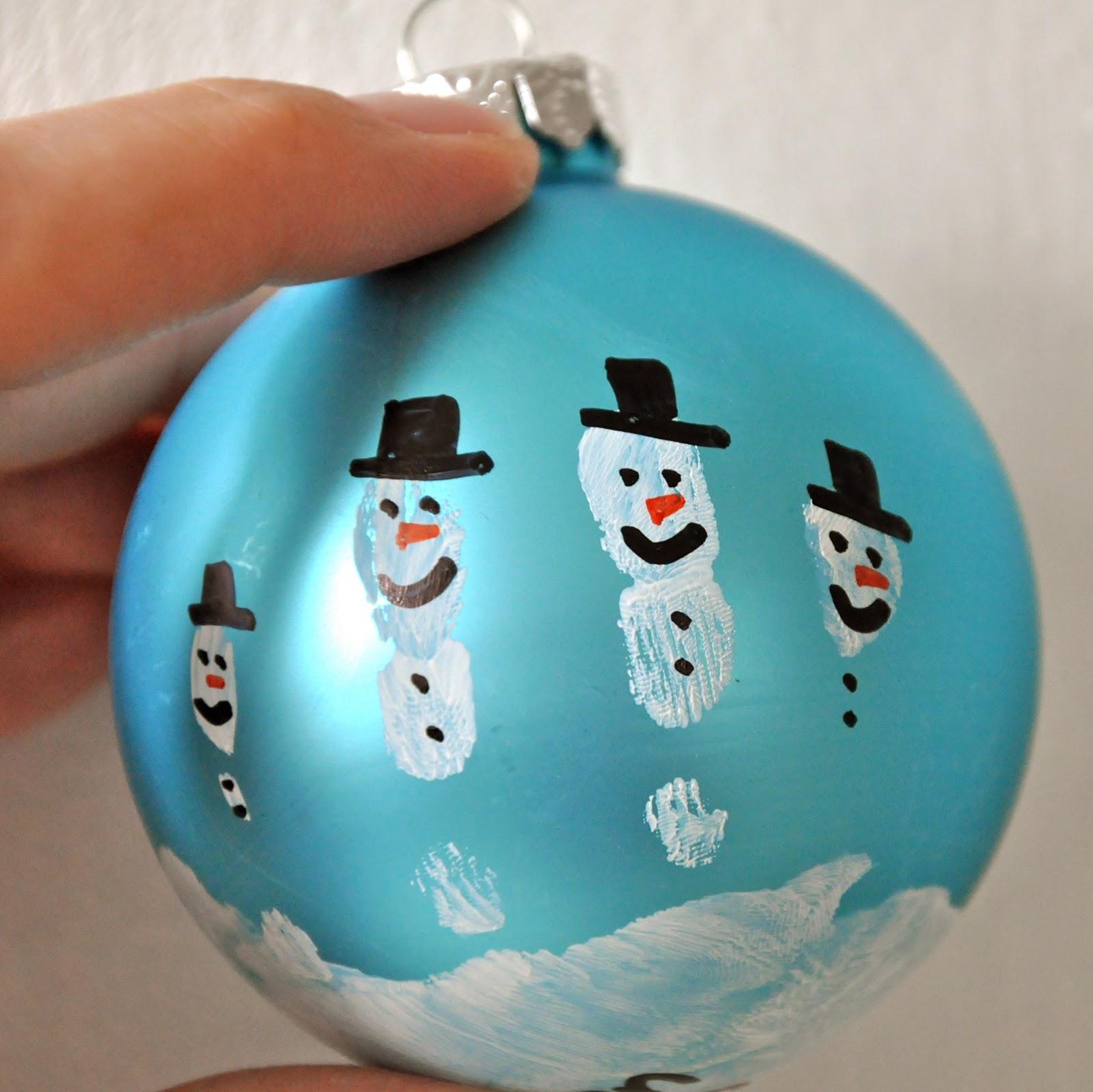 Little Bit Funky make these now handprint snowman ornament
