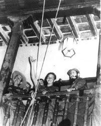 Fidel y Raúl en balcón del Parque Céspedes