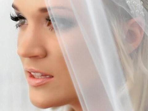 Carrie Underwood Wedding Pictures, Photos in Beautiful Wedding Dress