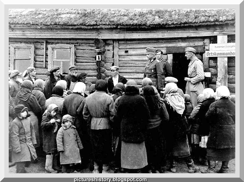 Život u Rusiji nekada davno - Page 2 Life-in-russia-under-german-occupation-ww2-second-world-war-001