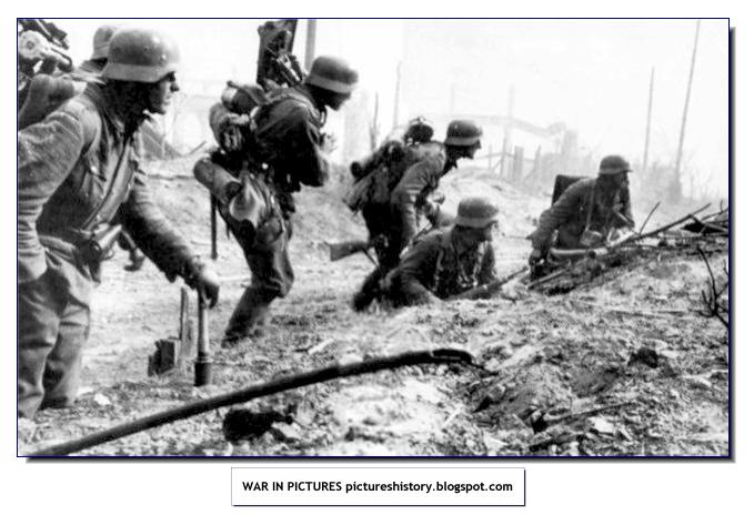 stalingrad-assault-group-wehrmacht-german-army-ww2-second-world-war-rare-images-pictures-002.jpg