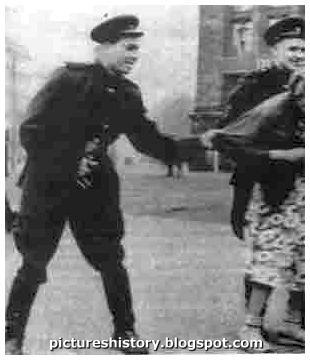 Russian soldiers molests german woman 1945