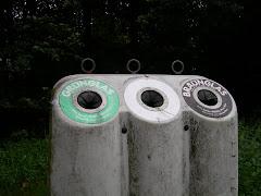 Model Tempat Sampah 1