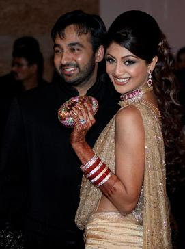Actress Shilpa Shetty and Raj Kundra's reception stills / news