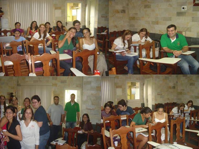 Turma de especialização 2010  de Endodontia da UNIP em Curso de Patologia pulpar e periapical.