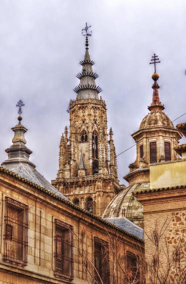 TORRES Y CUPULAS DE LA CATEDRAL DE TOLEDO