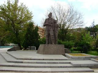 Дельо войвода - паметник в Златоград