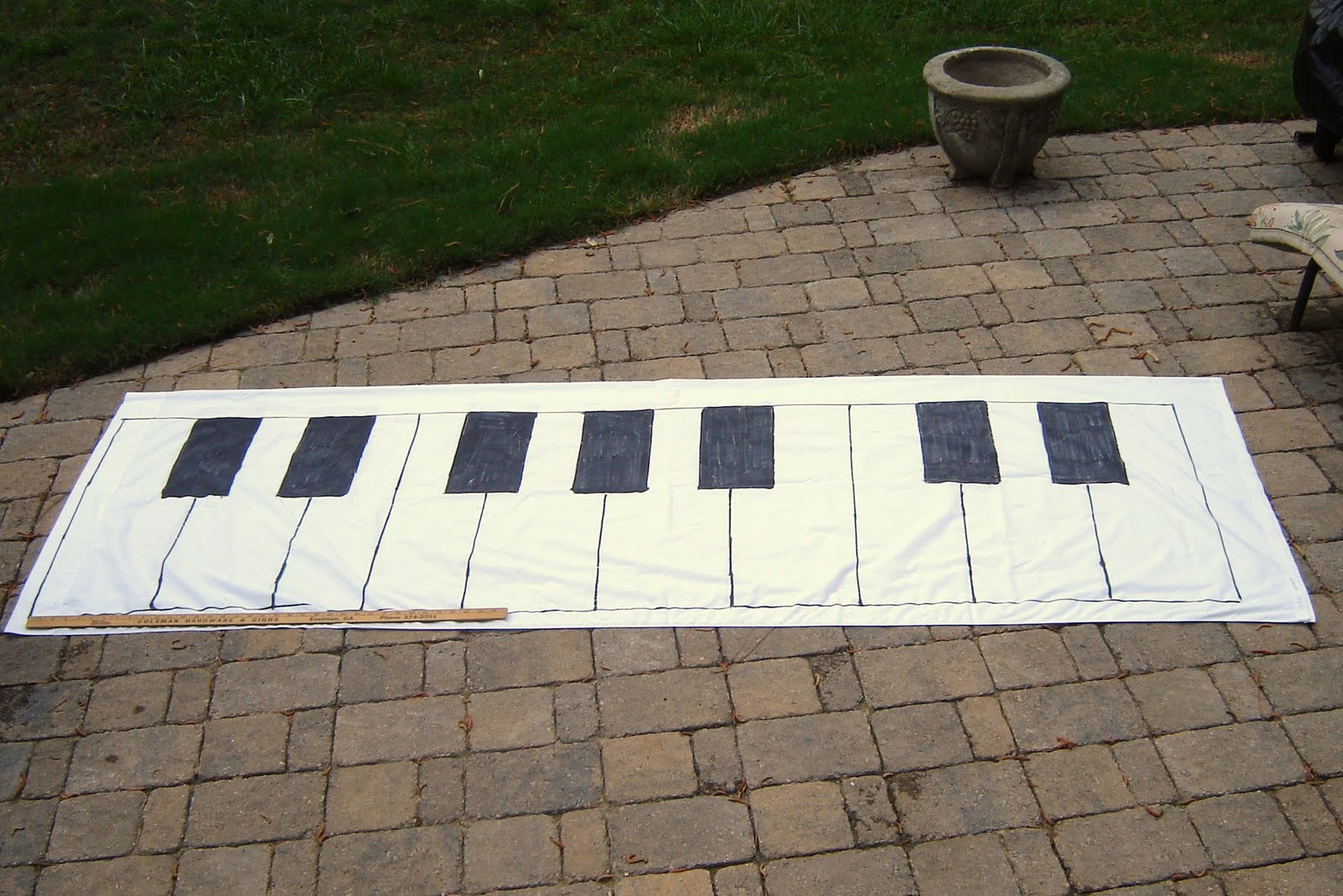 the piano studio tutorial how to make a giant keyboard